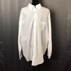 Roundtree & Yorke Trademark Button Down